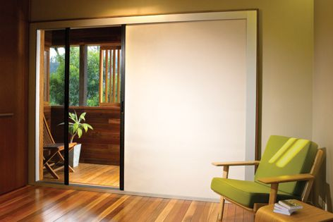 Two-in-one retractable Eco-Screen system