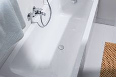 D-Code bathtub