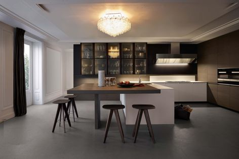 The Trail kitchen by Poliform was designed so that functional elements can be concealed when not in use.