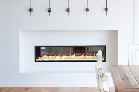 The Escea DX1500 is a sophisticated, ultra-wide gas fireplace.