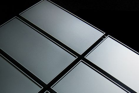 Lightweight aluminium fixing profiles ensure unique joint uniformity and easy installation.