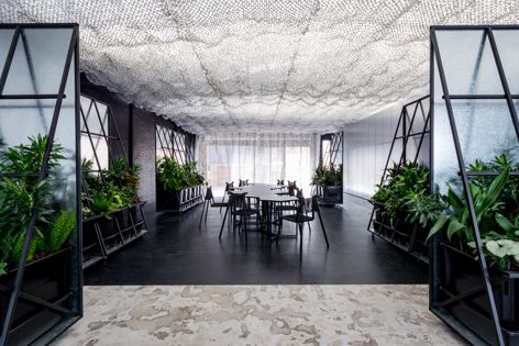 Space and Time by Russell and George, winner of the Premier Award for Australian Interior Design and the Installation Design category. Photography: Paul Martin.