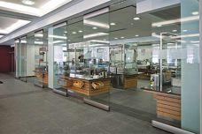 HSW-EM automated glass by Dorma