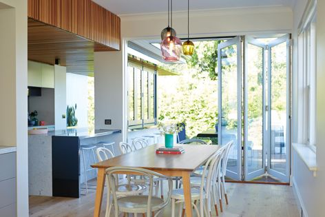 Siteline bifold windows and doors can be used to transform any room into a light-filled oasis and improve connection between interior and exterior spaces.