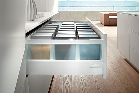 The TANDEMBOX antaro has joined the TANDEMBOX intivo in Blum's line of drawer solutions.