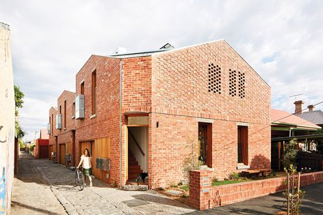 Davison Street Collaborative by Archier, shortlisted in the New House under 200 m² and Sustainability categories. Photography: Tess Kelly.