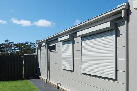 Maxiblock Shutters prevent glazing from breaking and embers from entering in the event of a bushfire.