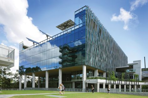 The QUT Science and Engineering Centre, designed by Donovan Hill Architects and Wilson Architects, employs Somfy's control system.