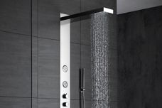 Wallpaper shower from Paco Jaanson