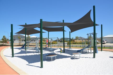 Rainbow Shade's Z16 shade cloth can dramatically reduce the heat and glare of any outdoor area.
