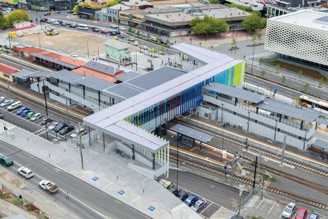 Everbright E610 Opal panels were recently used at the Ringwood Station upgrade in Melbourne. Project builder: John Holland Group.