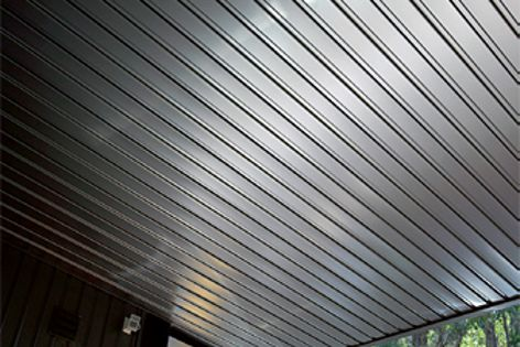 Stramit Monopanel cladding rolled from Colorbond Metallic steel offers a lustrous, metallic sheen.