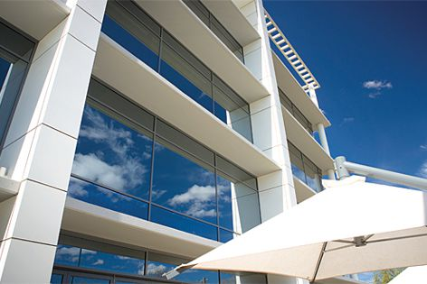 The ThermalHeart range is 51% more thermally efficient than standard aluminium commercial framing.