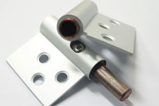 Lift-off adjustable hinge from Trend