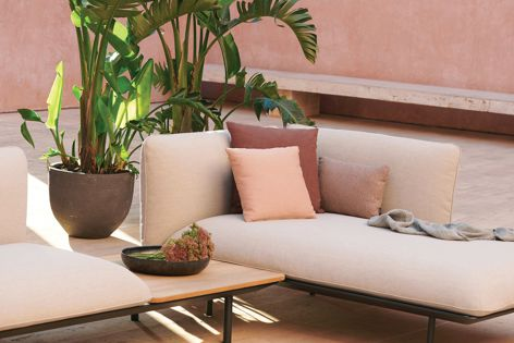 Upholstered in Melbourne to order, choose from a range of beautiful outdoor performance fabrics to match your brief.