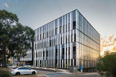 Dri-Design rainscreen facade