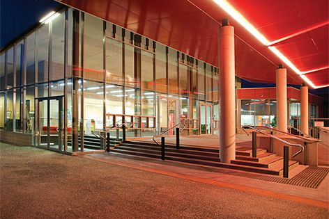 The Elevate range works efficiently for commercial construction applications.