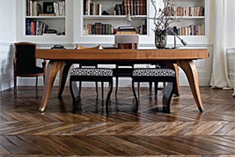 I Vassalletti's design solutions are inspired by a passion for wood, and created by Tuscan artisans.