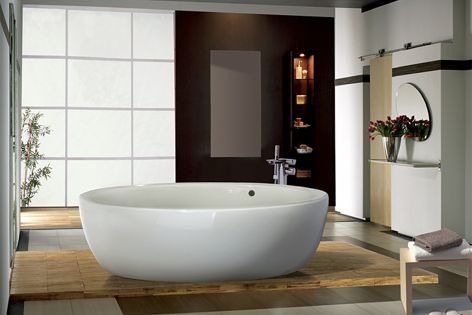 The Georgia tub by Roca was created by design duo Schmidt-Lackner.
