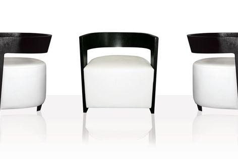 The robust Baby Tub chair is suitable for heavy commercial use.
