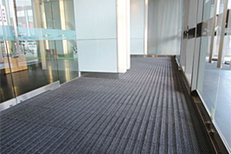 A recent installation of Integra Link at one of Australia's premium office towers.