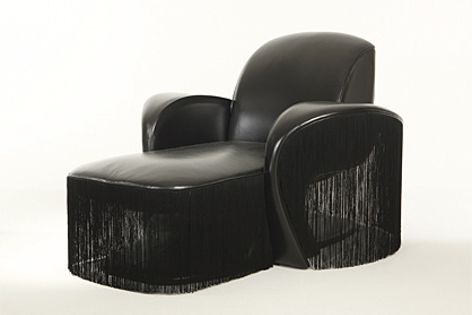 The Chaise lounge Yves by Samuele Mazza.