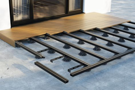 Structur'AL® installation is fast and easy – the aluminium joists are designed to be easily clipped onto the Nivo pedestals.
