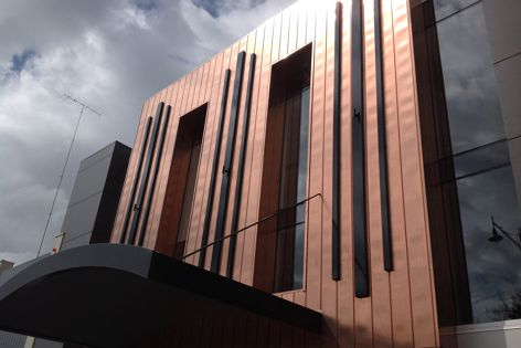Diversaclad custom processing allows Designer Panel Systems to create facades with unique patterns, lines, angles and shapes.