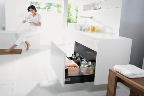 Sophisticated design can be achieved with Blum's Tandembox intivo.